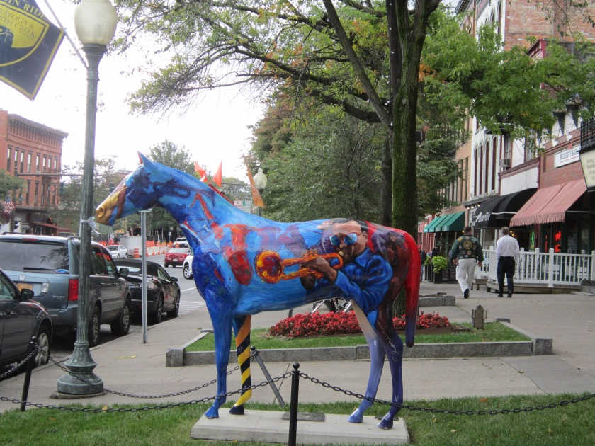24 Hours in Saratoga Springs, New York - 5 of the top things to do in Saratoga! Read on to learn more about this beautiful town.